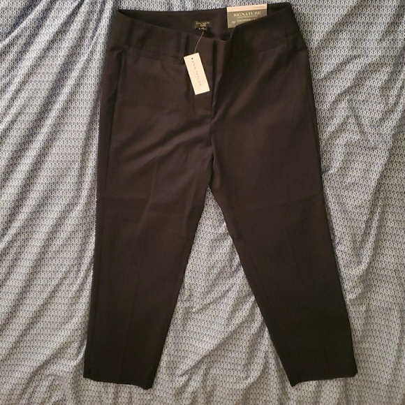Ann Taylor Factory Black Cropped Dress Pants